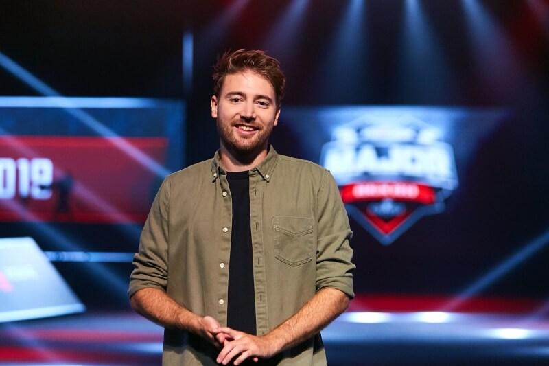 SPUNJ leva prêmio de analista do ano no Esports Awards